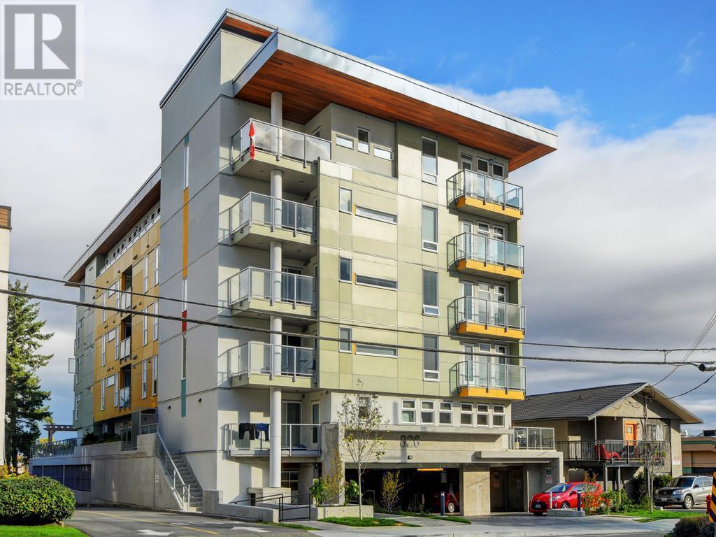 307-826 Esquimalt Rd