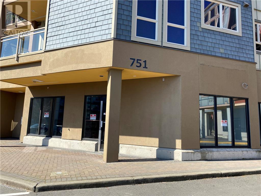 102-751 Goldstream Ave