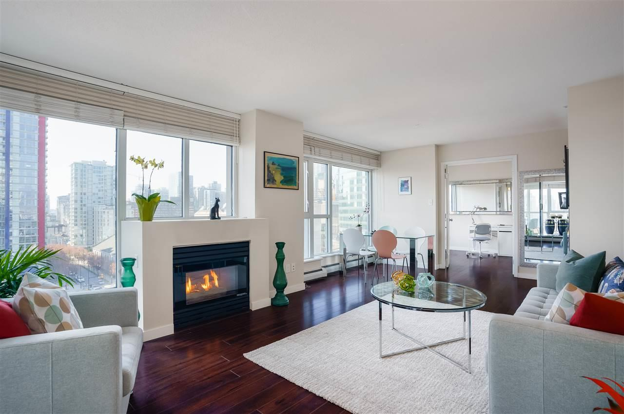 1404 183 KEEFER PLACE